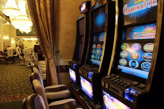 Денежные игровые слоты в казино Плейдом