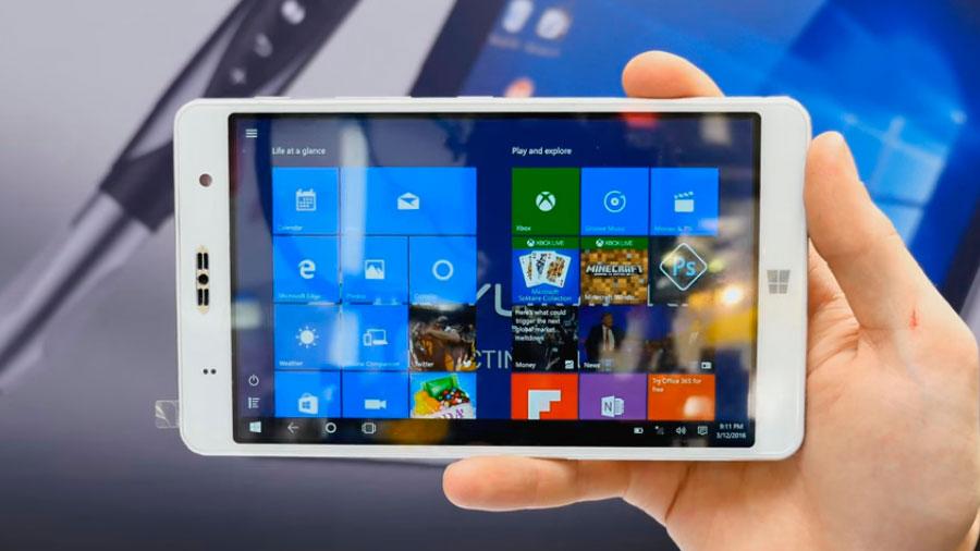Представлен Akyumen Holofone — смартфон с 8 Гб ОЗУ и возможностью замены ПК