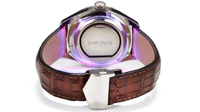 Устройство Chronos превращает обычные часы в «умные»