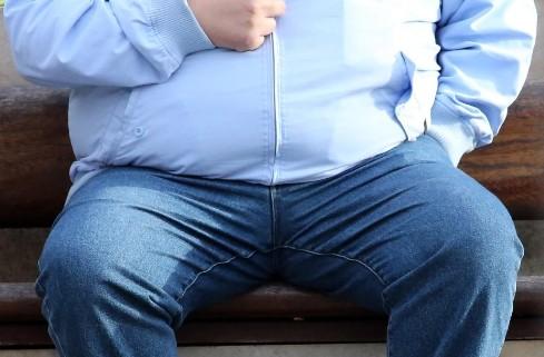Страдающие ожирением люди гораздо чувствительнее к боли по сравнению с худыми
