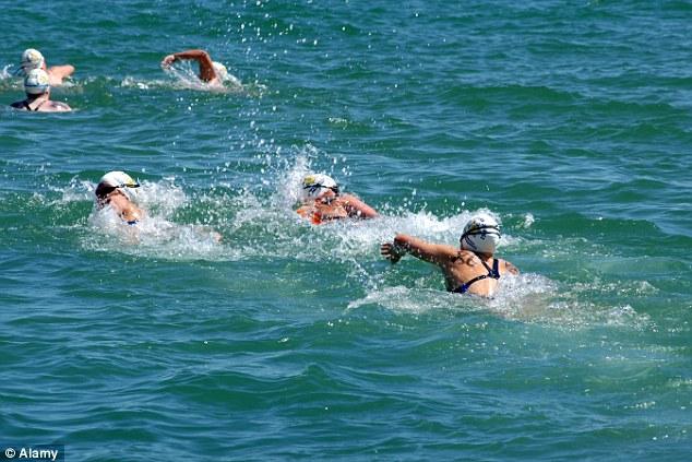 Любители купаться рискуют заболеть из-за устойчивой к антибиотикам кишечной палочки
