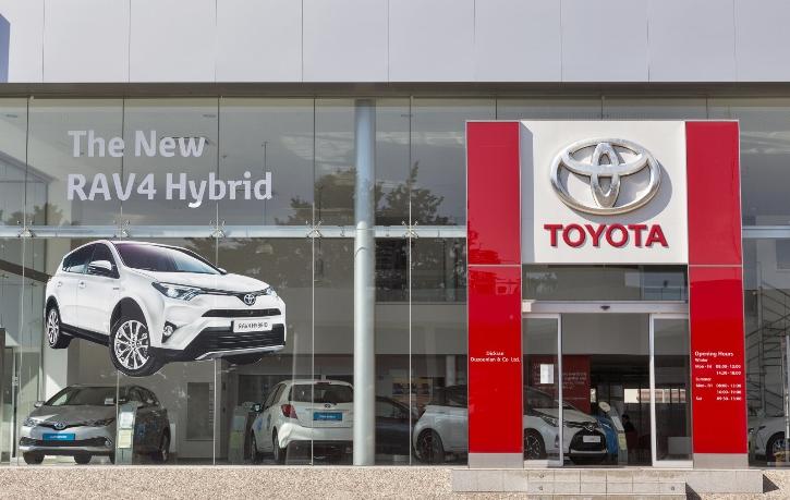 Toyota задействует искусственный интеллект для разработки экологически безопасных аккумуляторных батарей