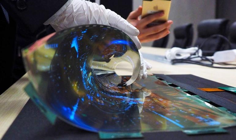 Графен является ключом к созданию более гибких и прочных дисплеев