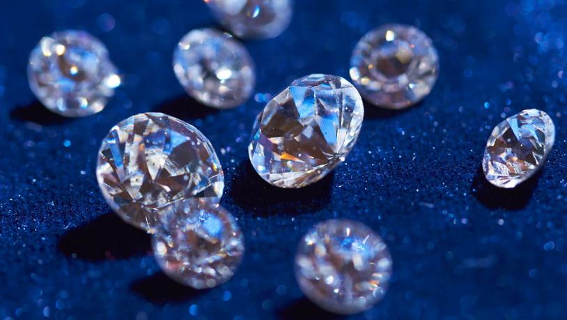 Испещрённые кремнием алмазы приближают появление практичных квантовых компьютеров