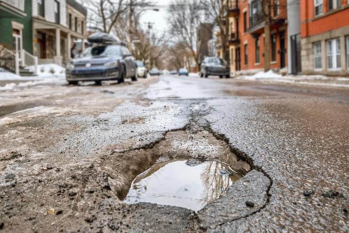 Мечта автомобилиста: самовосстанавливающаяся дорога к тому же подзаряжает ваш электромобиль