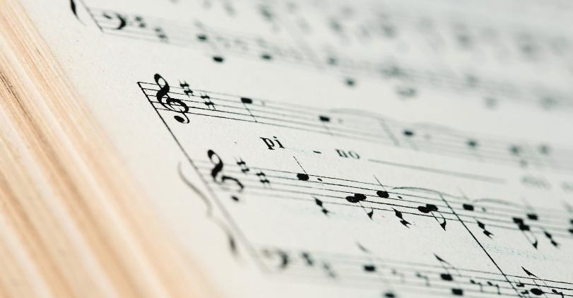 Искусственный интеллект распознает музыкальные жанры быстрее человека