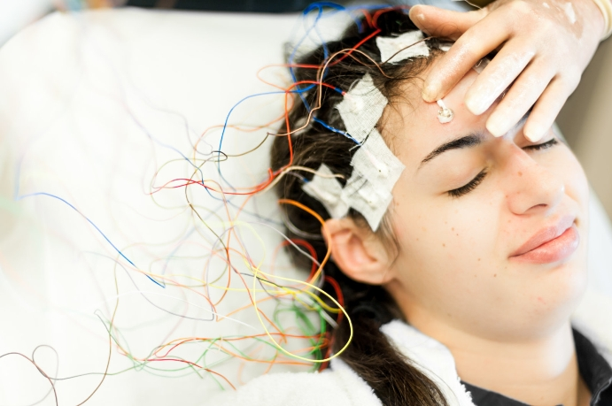 Безимплантатная стимуляции головного мозга поможет лечить мозговые нарушения