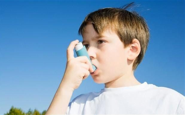 Риск заболеть астмой может удвоиться у детей, матери которых потребляли много сахара во время беременности
