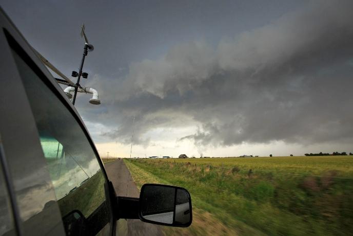 Новая модель прогноза заблаговременно предупреждает о появления торнадо