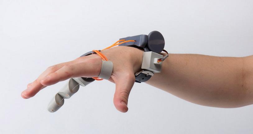 Электромеханический третий большой палец – когда двух недостаточно