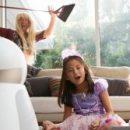 Домашний робот Kuri может записывать замечательные моменты в жизни вашей семьи