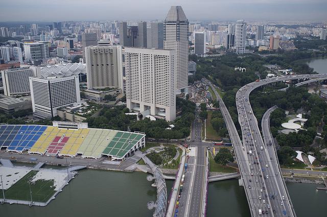 В Сингапуре запретят появление на дорогах новых автомобилей в 2018 году