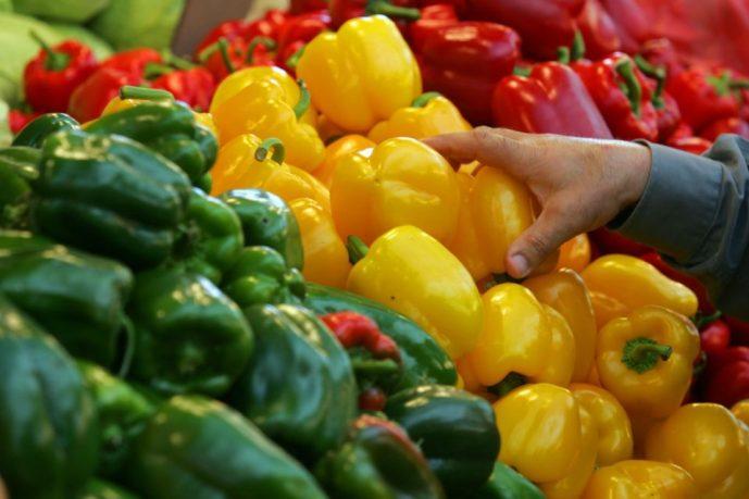 Подбор правильной диеты поможет бороться с беспокойством и депрессией