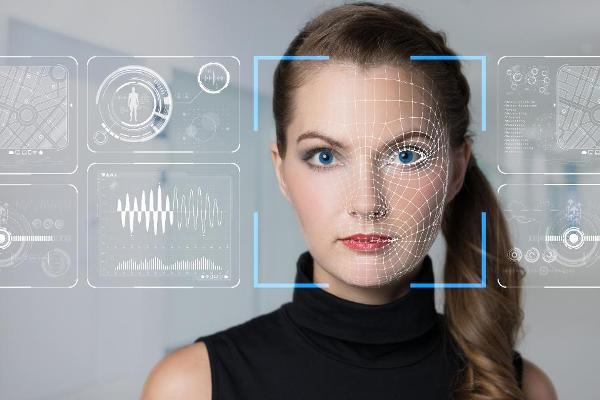 Согласно официальному признанию Вашингтона, Россия является лидером в технологии распознавания лиц