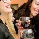 Вино заставляет людей чувствовать себя более сексуально раскрепощенными, чем пиво