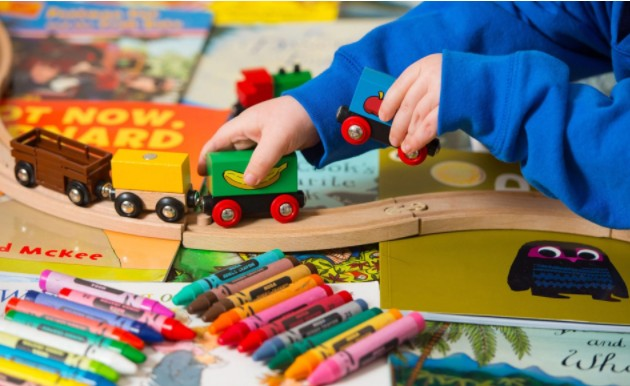 Слишком большое количество игрушек для детей не идет им на пользу