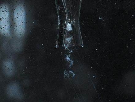 Удаление зубного налёта с помощью микроскопических пузырьков