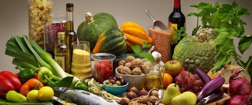 Средиземноморская диета поможет защитить пожилых людей от немощности