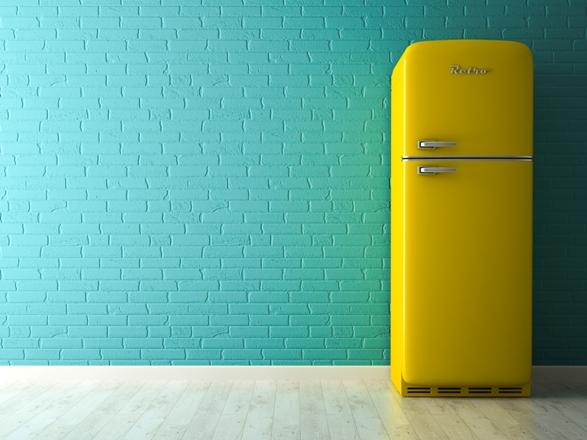 Как купить новый холодильник за полцены