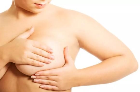 Высокий уровень жира в организме женщины связан с повышенным риском рака молочной железы