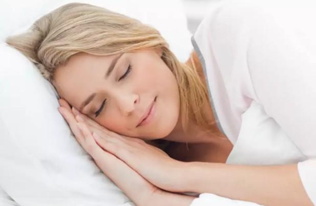 Прерывистый сон может являться ранним признаком болезни Альцгеймера