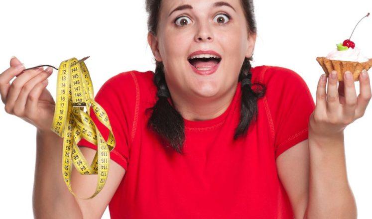 Почему люди чувствуют себя голодными, когда стараются сбросить лишний вес