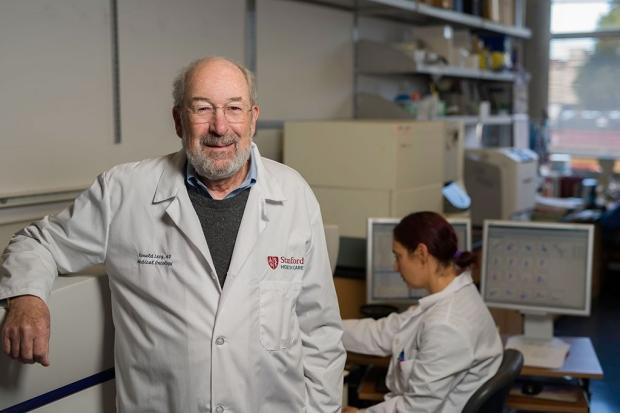 Началось тестирование на людях противораковой вакцины, которая способна удалять метастазы у мышей