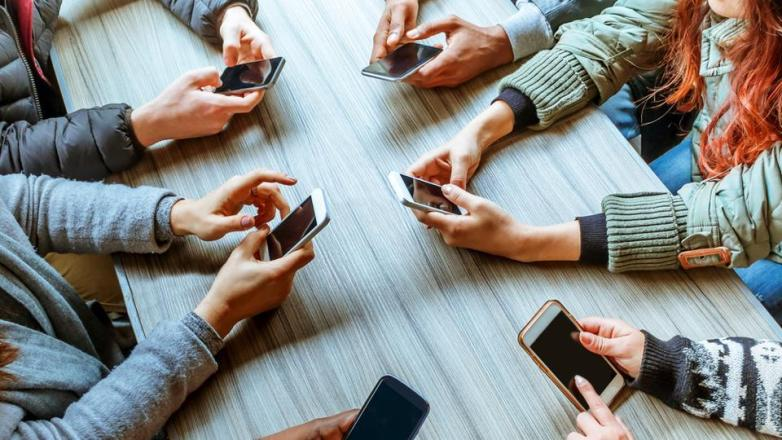 Выявлена связь между зависимостью от социальных сетей и чертами характера