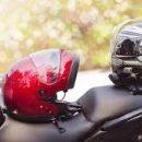 Использование мотоциклетного шлема снижает риск получения мотоциклистом травмы шейных позвонков