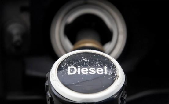 Дизельные легковые автомобили, продвигаемые как самые экологически чистые транспортные средства, всё же выбрасывают в атмосферу вредные вещества в опасных объёмах