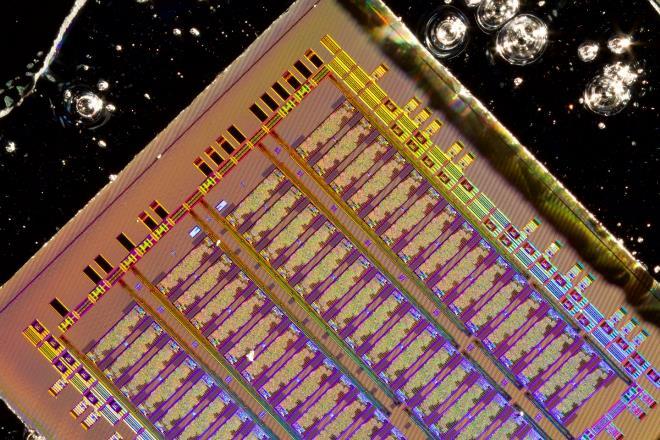 Фотоника — новый этап в развитии микроэлектроники
