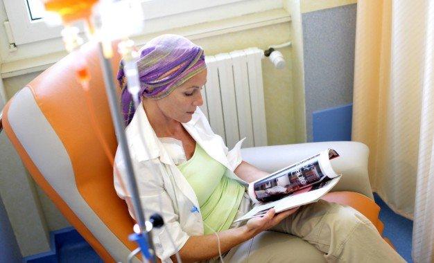 Существует обоснованное подозрение, что эффективность передовой терапии рака зависит от пола пациента