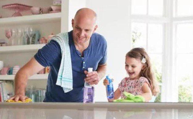 Сверхбезупречная чистота в доме может стать причиной лейкемии у детей