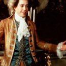 Чтобы дети чувствовали себя счастливыми в утробе матери — им надо включать музыку Моцарта