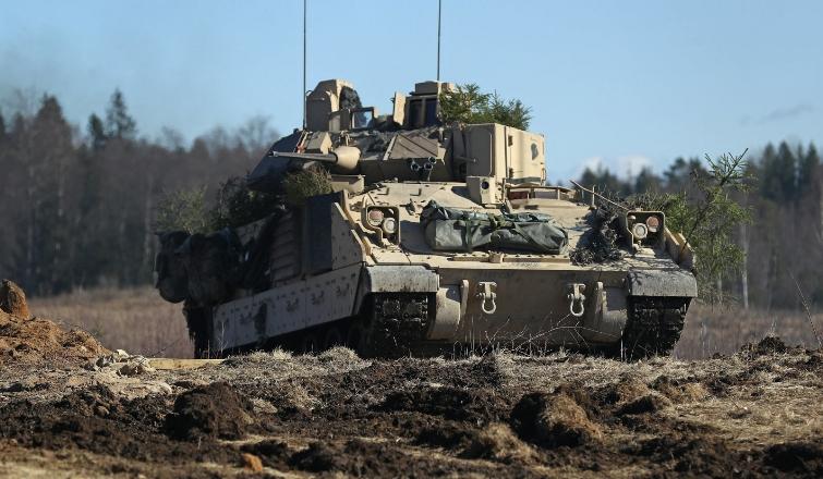 Американские военные тестирует систему ИИ, которая прогнозирует необходимость ремонта боевой техники