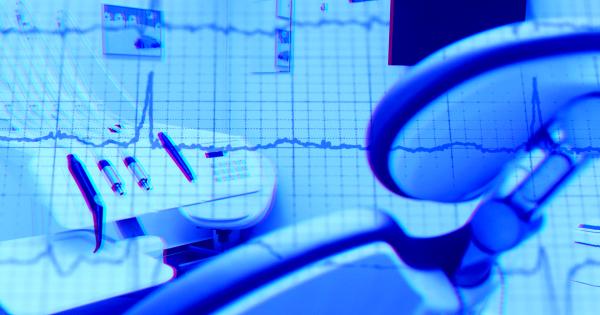 Со стрессом пациента в стоматологическом кресле поможет бороться техника