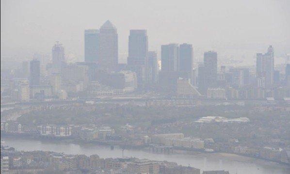 Предварительная выморозка воздуха до попадания его в помещение удаляет до 99 процентов загрязняющих веществ