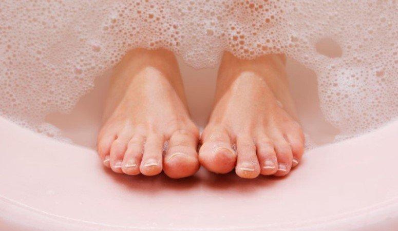 Прием горячей ванны помогает улучшить метаболизм, заменяя собой физические упражнения