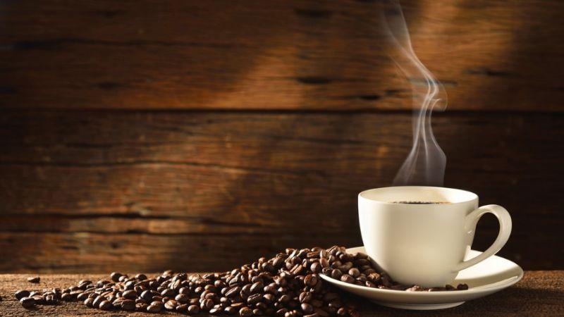 Присутствующие в кофе соединения помогают бороться с возрастной деградацией мозга