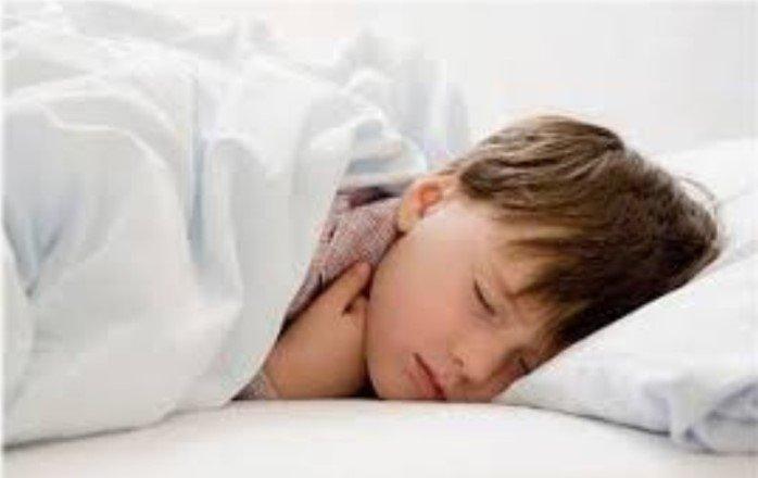 Укладывание детей в постель в одно и то же время позволяет избежать у них ожирения в подростковом возрасте
