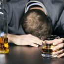 Учёные выяснили, что отказ от употребления алкоголя не влечёт немедленного восстановления поврежденных участков мозга