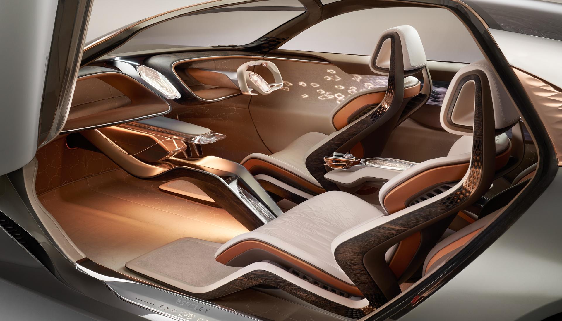 Bentley представил образец автомобиля, оснащённого «дворецким» с ИИ